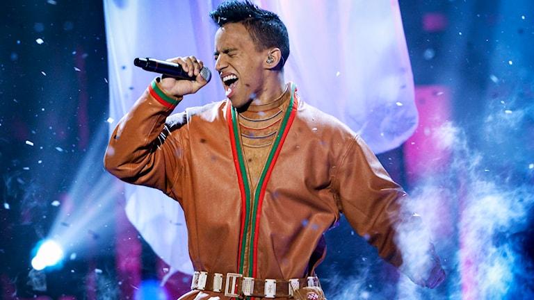 Jon Henrik Fjällgren i Melodifestivalen. Foto: Jonas Ekströmer/TT.
