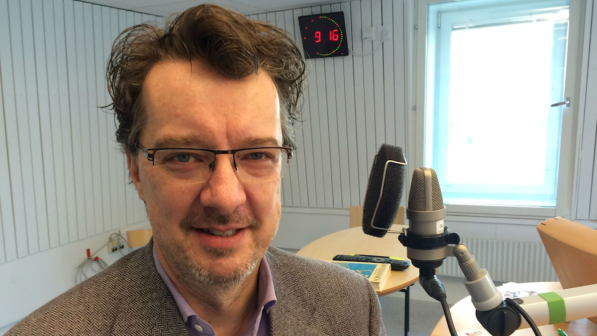 Petter Sundkvist, professor i orkesterdirigering vid Piteå Musikhögskola. Foto: Turi Wennberg/Sveriges Radio.