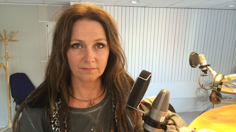 Jenny Berggren, tidigare frontfigur i popgruppen Ace of Base. Foto: Linnea Luttu/Sveriges Radio.