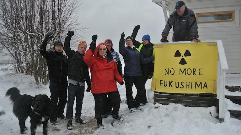 En grupp aktivister mot kärnkraft i Pyhäjoki, Finland. Foto: Tiina Priitinen