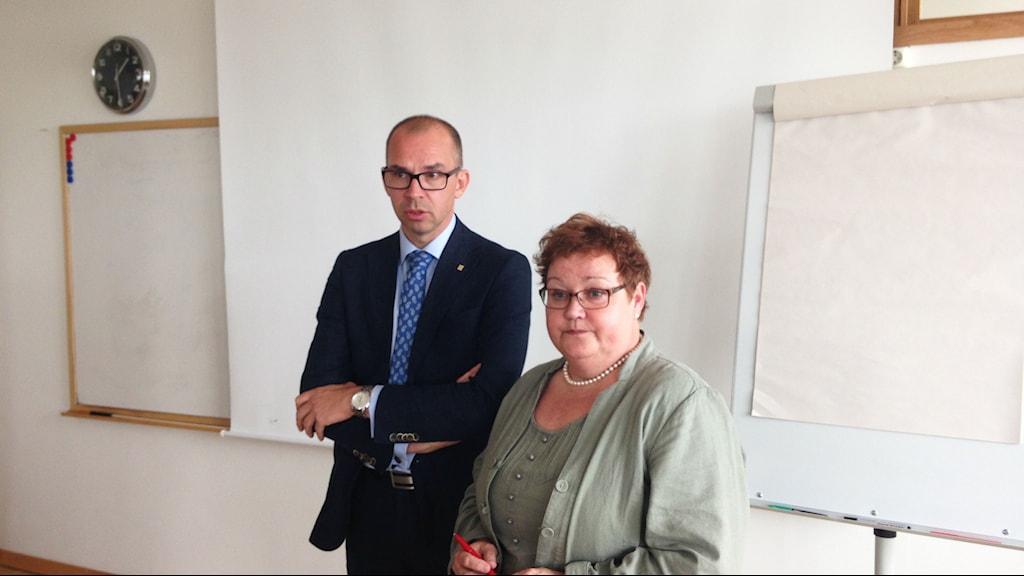 Luleås kommunalråd Niklas Nordström (S) och Yvonne Stålnacke (S). Foto: Per Vallgårda/Sveriges Radio.
