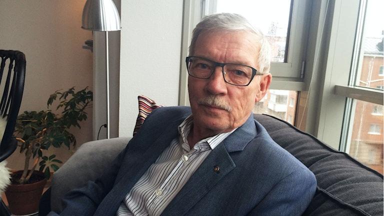 Rolf Höglund, vice ordförande i kommunrevisionen. Foto: Linnea Luttu/Sveriges Radio.