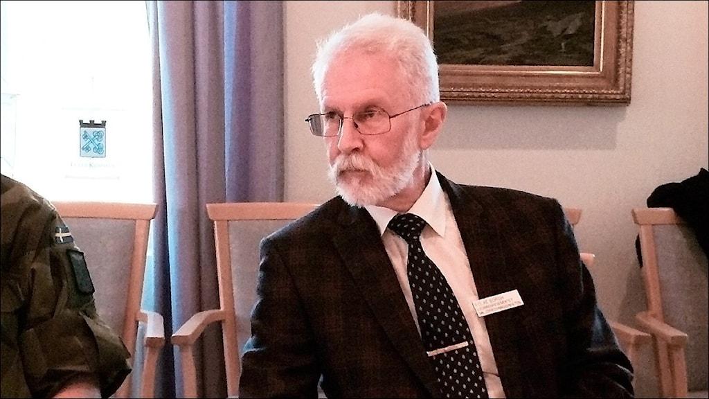 Folke Borgh, jurist på miljöprövningsenheten på Försvarsmakten. Foto: Eleonor Norgren/Sveriges Radio