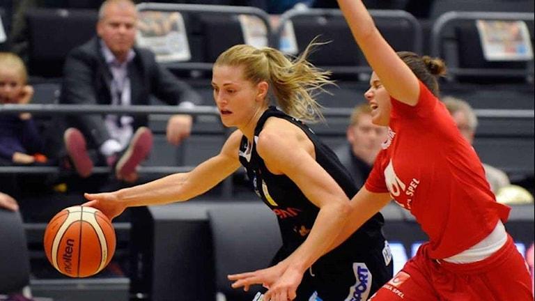 Martina Stålvant, Luleå Basket . Foto: Alf Lindbergh/Pressbilder.