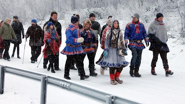 Klimatstafetten Run for your life har startat i Kiruna och målet är Paris. Foto: Alexander Linder/ Sveriges Radio.