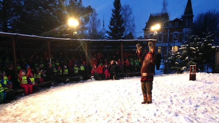 Julkalendern i Luleå stadspark är igång. Foto: Per Vallgårda/Sveriges Radio.