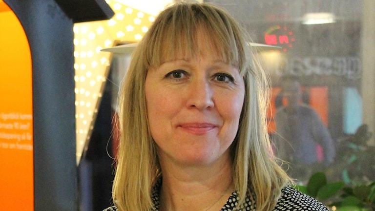 Ulrika Montgomery på kvinnojouren Iris i Luleå. Foto: Marcus Nilsson/Sveriges Radio