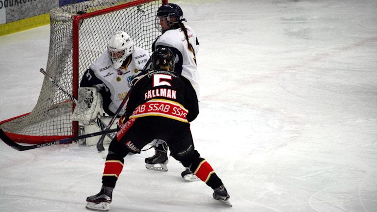 Luleå Hockey/MSSK:s Johanna Fällman. Foto: Niclas Åkerström/Sveriges Radio.
