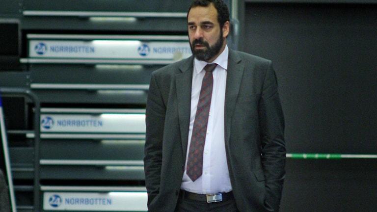 Luleå Baskets coach Jens Tillman. Foto: Niclas Åkerström/Sveriges Radio.