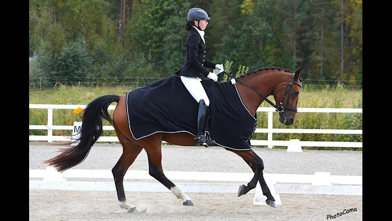 Anette Carlsson och hästen Ilina. Foto: Privat