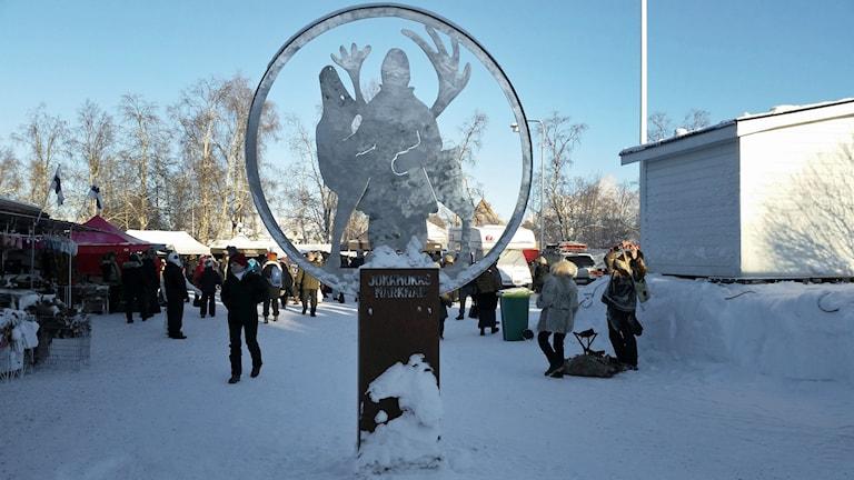 Monument för Jokkmokk marknad.