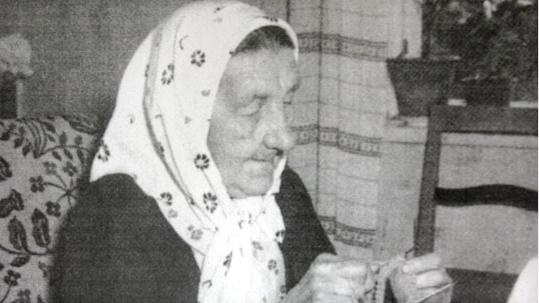 Erika Aittamaa stickade den första lovikkavanten 1892 i byn Lovikka.