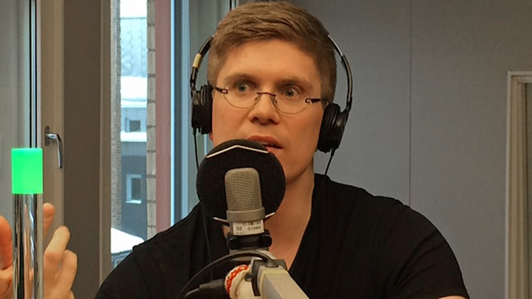 Rasmus Lindberg i P4-studion.