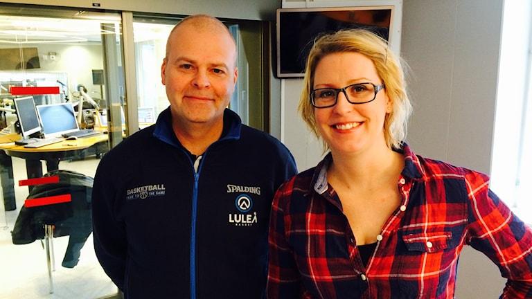 Luleå baskets klubbdirektör Urban Nordh och den tidigare klubbdirektören Anna Jonsson.