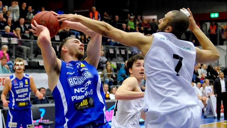 BC Luleå mot Uppsala Basket.