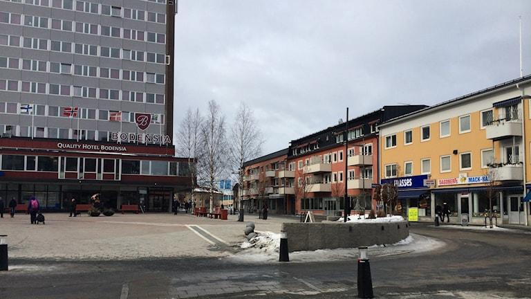Hotell Bodensia (t.v) i centrala Boden.