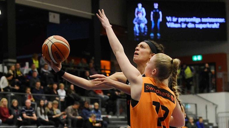 Luleå Baskets Sofien Hendrickxs mot Norrköping foto Alf Lindbergh pressbilder AB