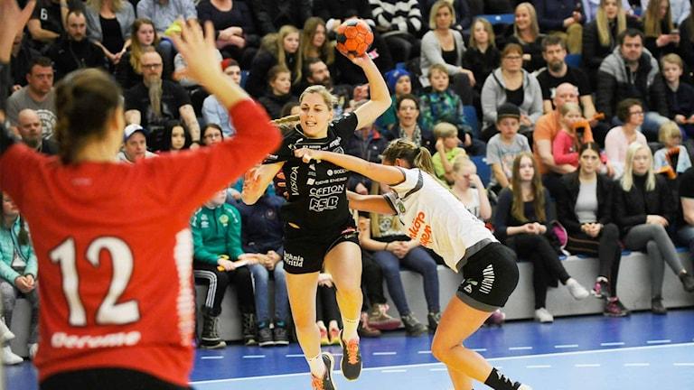 Teresa Utkovic, Boden Handboll, går på avslut.