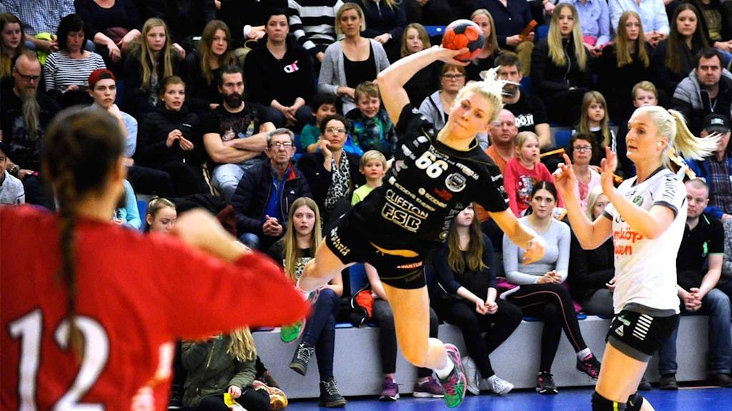 Boden Handbolls Sara Nordström mot Önnered.