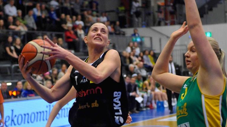 Luleå Baskets Martina Stålvant mot Alvik.
