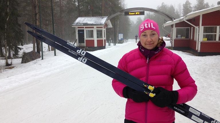 Nina Lintzén och andra forskare vid Luleå tekniska universitet har utvecklat den nya stakningsskidan.