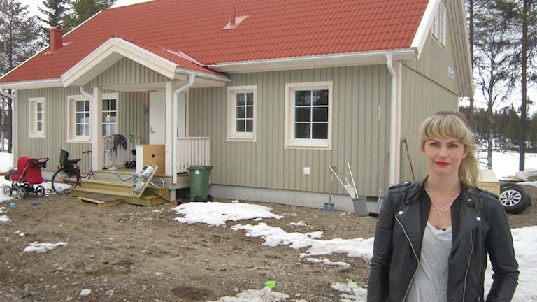 Hulda Clausén, hus, tomt. foto: Beatrice Karlsson/Sveriges Radio.