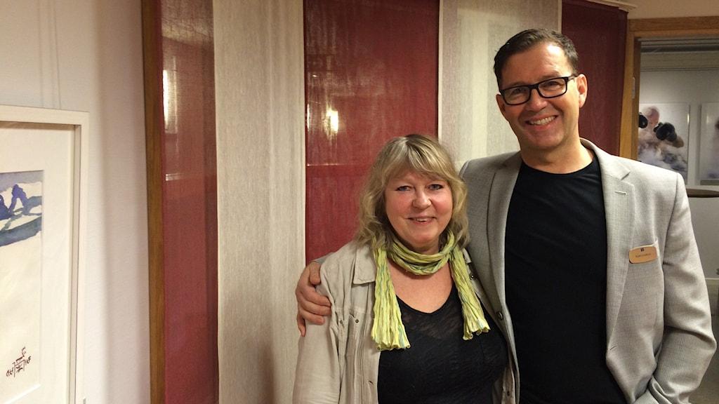 Helene Lindberg, Lindbergs Konst och Ram, Kjell Lindfors vd Länsförsäkringar. Foto: Ann-Christine Wallner-Hoppe/ Sveriges Radio