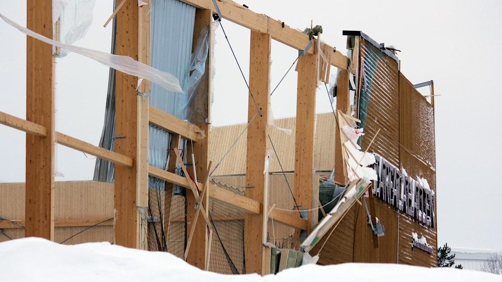 Tarfalahallen i Kiruna har rasat ihop.