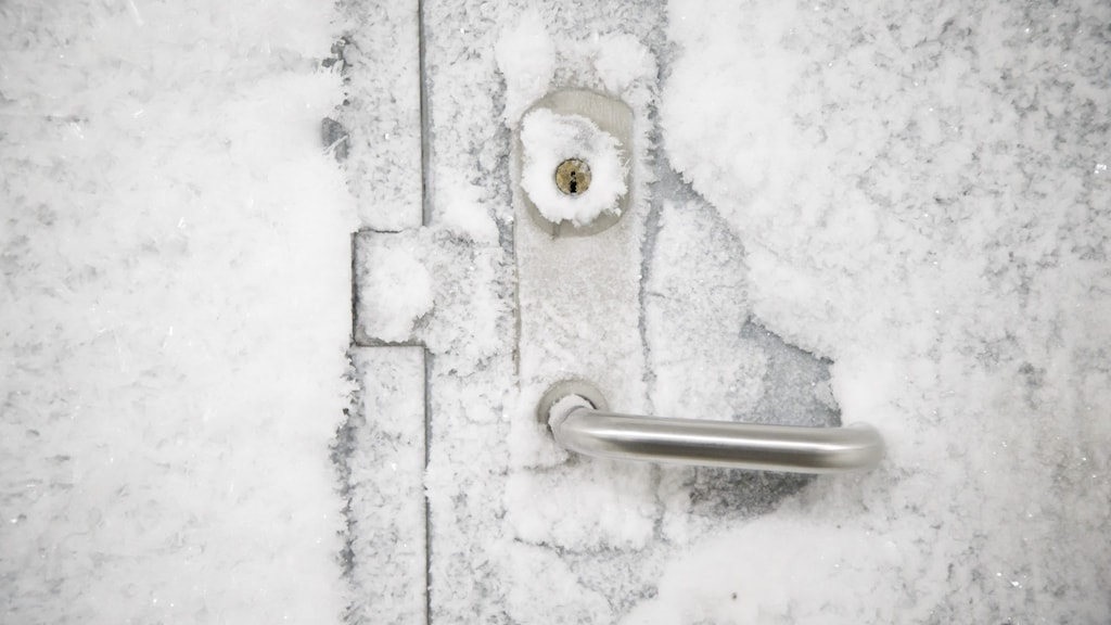 Infruset lås på ytterdörr. Foto: Junge, Heiko/NTB