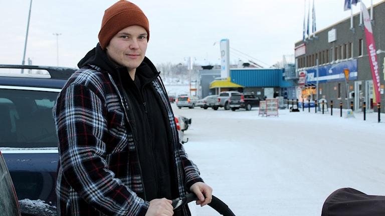 Samuel Karlström i Kiruna var 27 år när han fick sitt första barn.