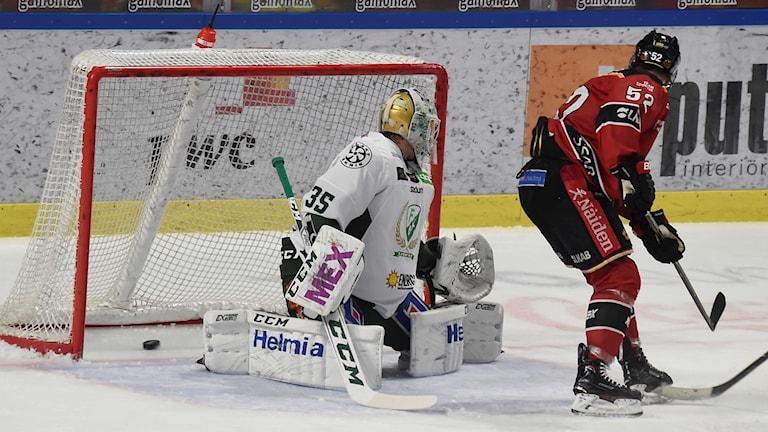 Förlust för Fabricius och han Luleå mot Färjestad.