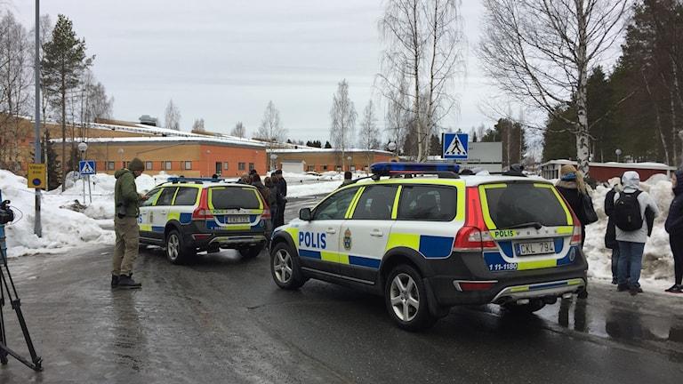 Misstänkt bombhot vid Björkskatan häloscentral i Luleå.