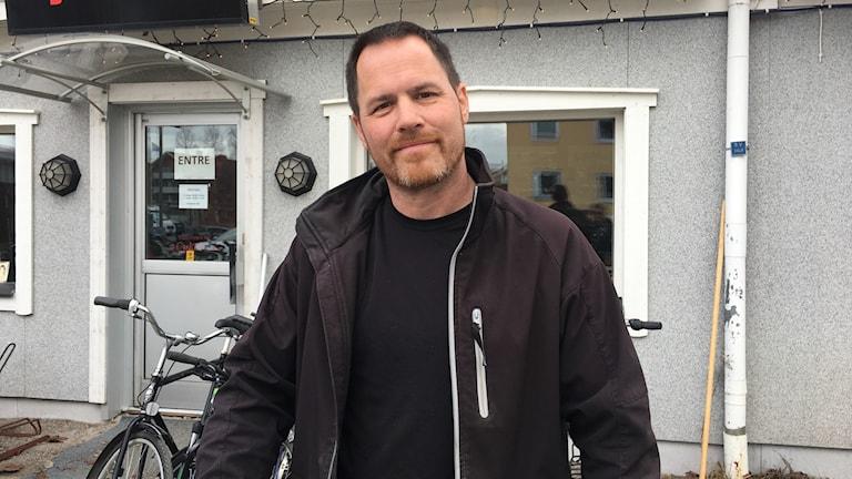 Fredrik Holmberg, cykelreparatör