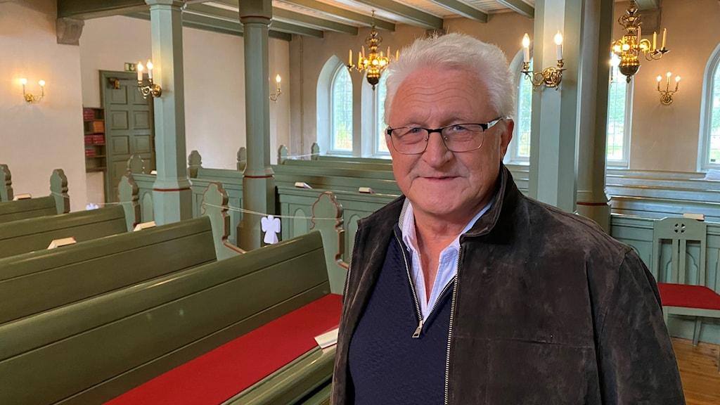 Stig Bergström, valansvarig för kyrkovalet, i Hortlax kyrka.