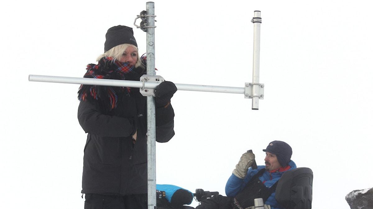 """Forskaren Gunhild """"Ninis"""" Rosqvist och renskötaren Niila Inga."""
