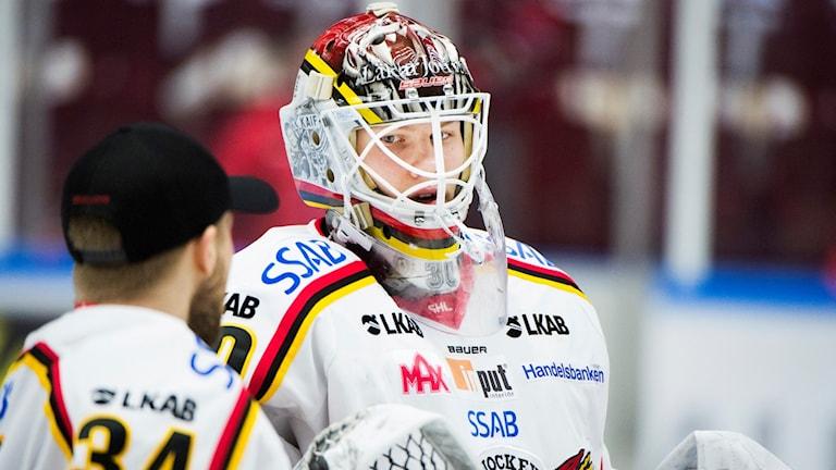 Luleås målvakt Filip Gustavsson släppte bara in en puck i bortasegern mot Malmö.