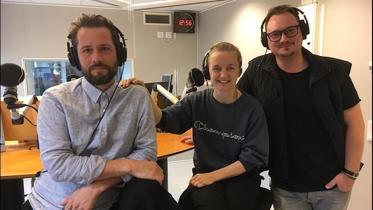 Föreställningen Döden: Lisen Ellard, koreograf, Jonas Hellman-Driessen, skådespelare, Mattias Lech, regissör.