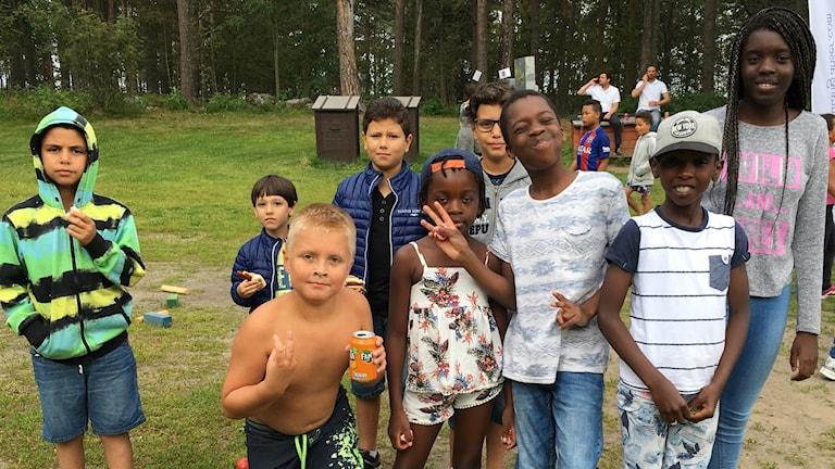 Barn på Sommarkul på Gültzauudden i Luleå.
