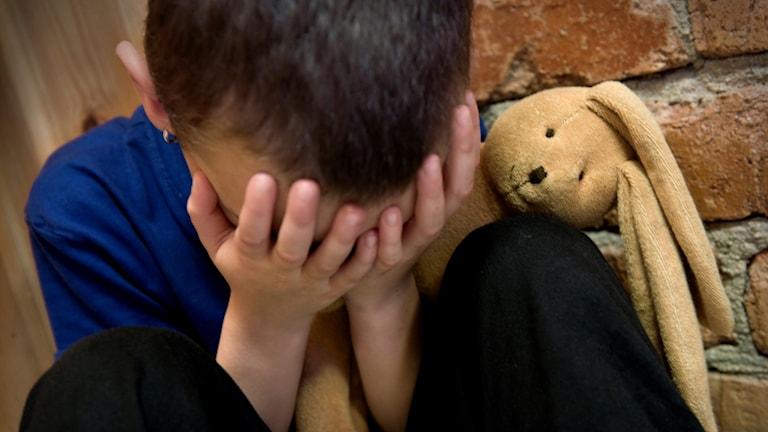 barnmisshandel, ledset barn. Foto: Claudio Bresciani/TT