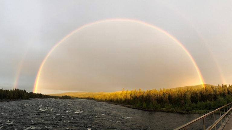 Regnbåge över Piteälven