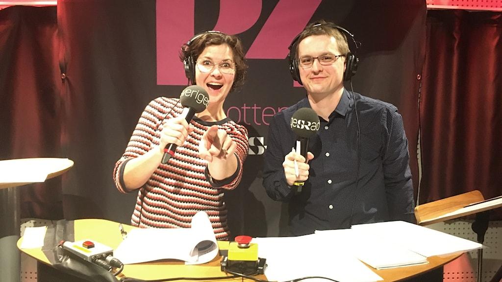P4 Norrbottens programledaren Anna Lidé och domare André Pettersson.