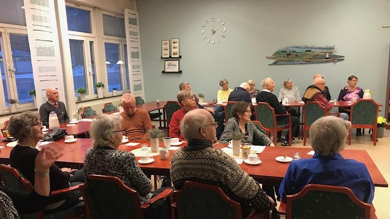 Öppen mötesplats i Luleå: anhörigcafé på tisdagar på äldreboendet Sundsgården.