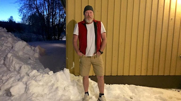 Flytten innebar 50 graders skillnad och nu har Jonas Geike mest shorts i packningen.