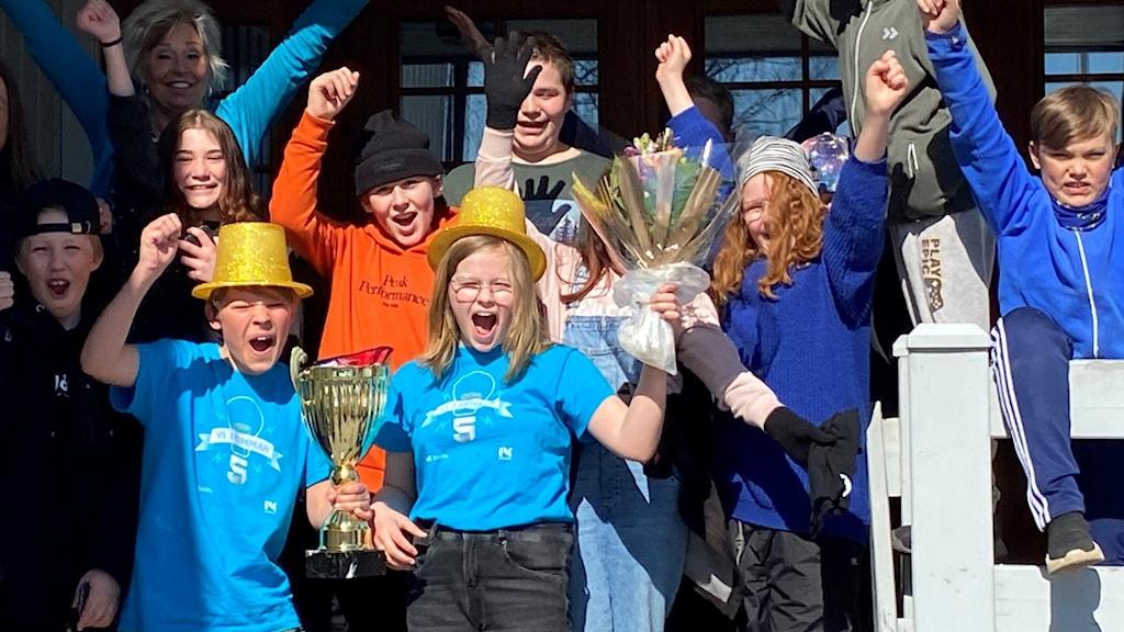 Vi i femman 2021: Klöverträskskolan lokala mästare i Norrbotten.