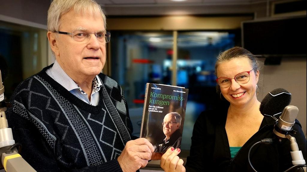 Per-Ola Eriksson och Lena Callne har tillsammans skrivit boken Kompromisskungen.