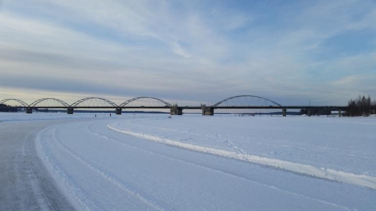 Isbanan i Luleå, på väg från södra till norra hamn.