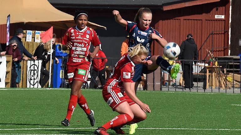 Piteå IF mot Linköping i damallsvenskan i fotboll.