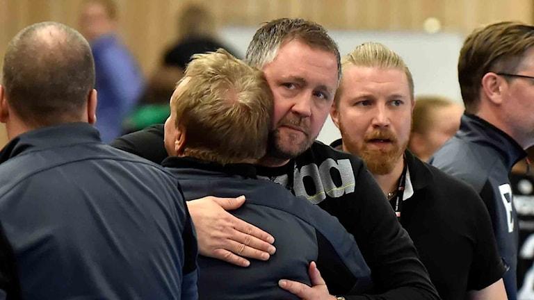 """Boden Handbolls tränare Per Johansson och Kenneth """"Kekke"""" Harlin."""