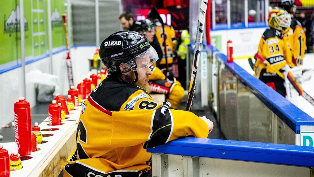 Luleås Linus Klasen deppar under ishockeymatchen i SHL mellan Malmö Redhawks och Luleå den 28 februari 2021 i Malmö.