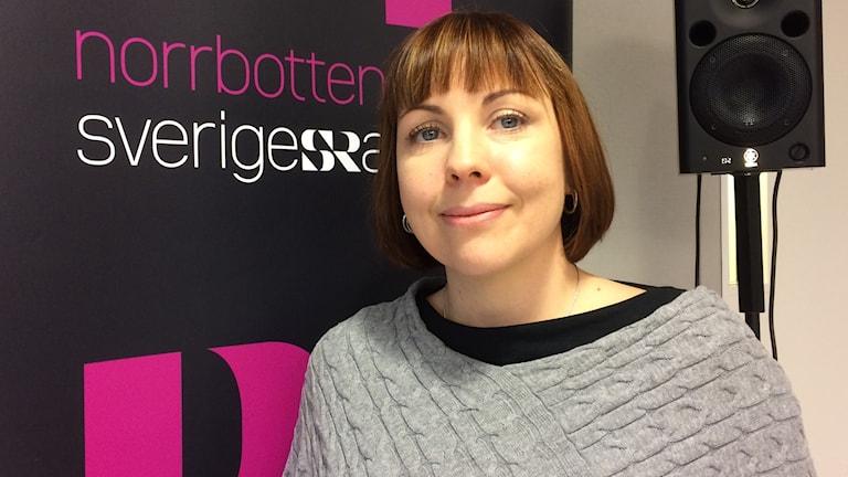 Konsumentvägledaren Maria Lund varnar för att ögonhandla i juletid.